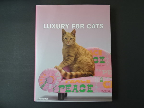 Luxury for Cats / Patrice Farameh